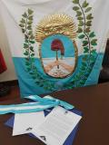 Bandera obsequiada por la misión mendocina.